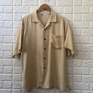 Bachrach 100% silk button down men's shirt